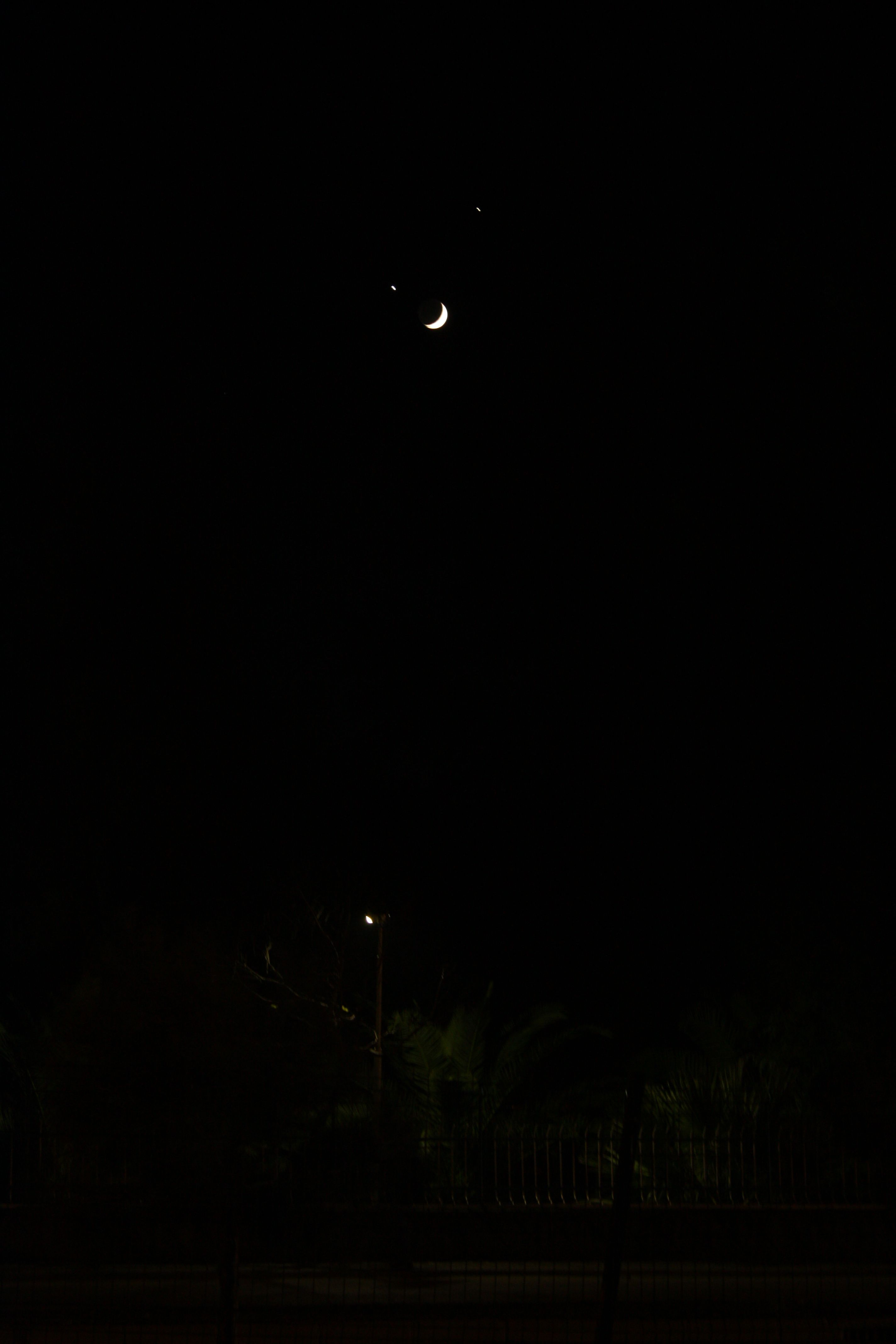 Ay ve yıldızın gökyüzündeki ahengi! galerisi resim 22