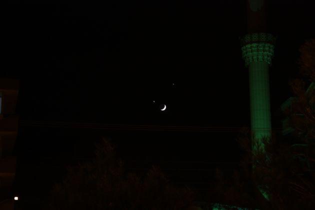 Ay ve yıldızın gökyüzündeki ahengi! galerisi resim 7