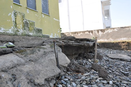 Dalgalar Çevre Duvarlarını Yıktı, Sıra Evlerde galerisi resim 8