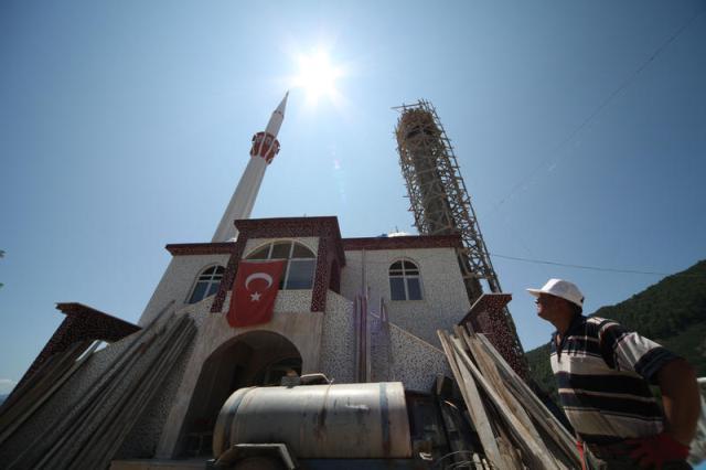 Minare Ustaları Yüksekliğe Meydan Okuyor galerisi resim 1
