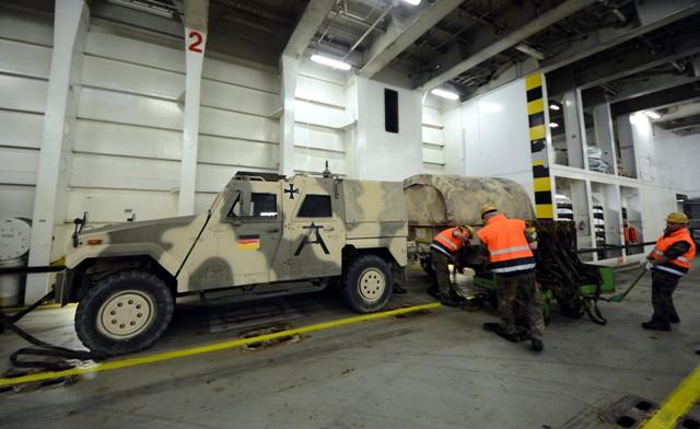 Almanyanın Afganistandan askeri malzeme sevkiyatı galerisi resim 21