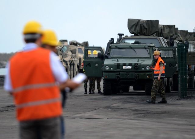 Almanyanın Afganistandan askeri malzeme sevkiyatı galerisi resim 9