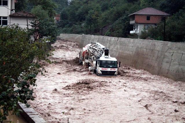 Trabzonda sel felaketi galerisi resim 5