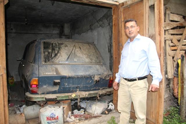 34 Yıl Önce Aldığı 0 KM Otomobil Yeni Garajdan Çıktı galerisi resim 1