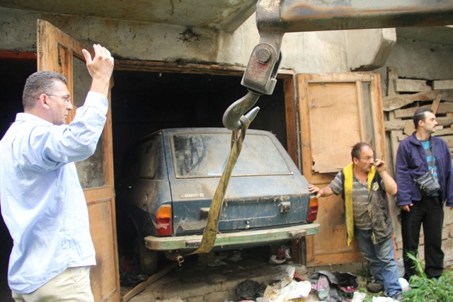 34 Yıl Önce Aldığı 0 KM Otomobil Yeni Garajdan Çıktı galerisi resim 3