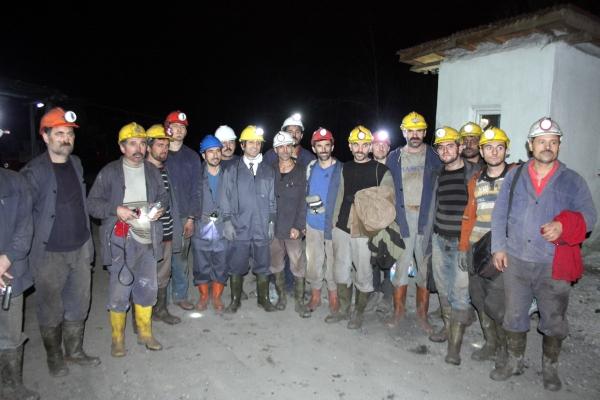 Yeni yıla maden ocağında çalışarak girdiler galerisi resim 15