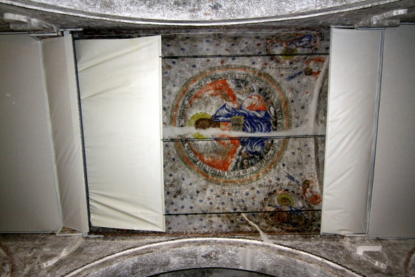 Cami kubbesinde Hazreti İsa ve havari figürleri var galerisi resim 11