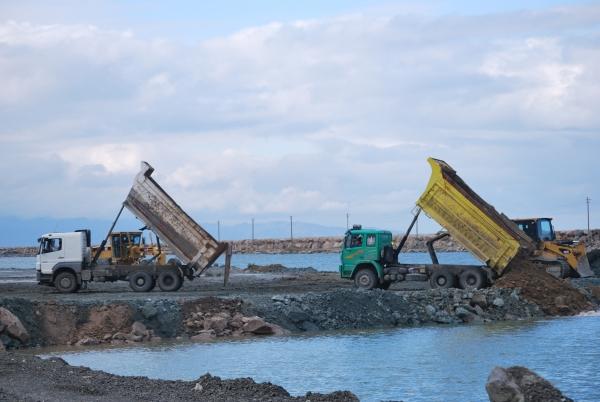 Deniz üzerine kurulan havalimanı daha ucuza mal oldu galerisi resim 3
