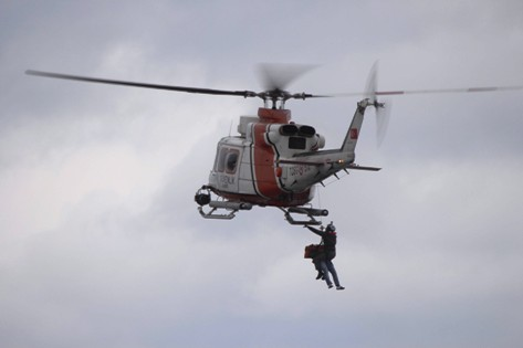 Karaya Oturan Gemiye Helikopterli Operasyon! galerisi resim 7