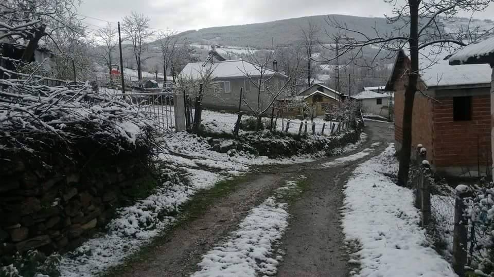 Nisan Ayi Samsun'a Kar Getirdi galerisi resim 11