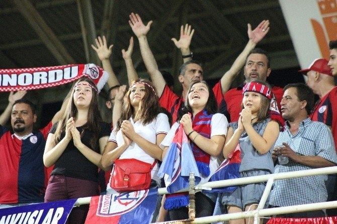 Samsunspor 4 Golle Altınordu'yu Yendi galerisi resim 2