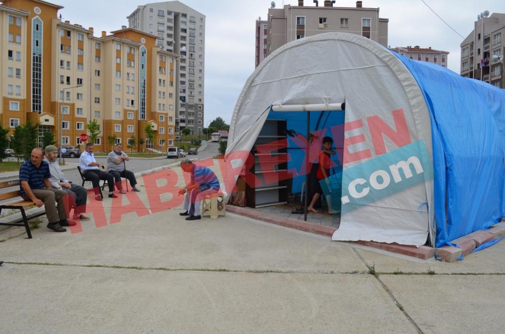 Samsun'da 2 Yıldır Çadırda Namaz Kılıyorlar galerisi resim 8
