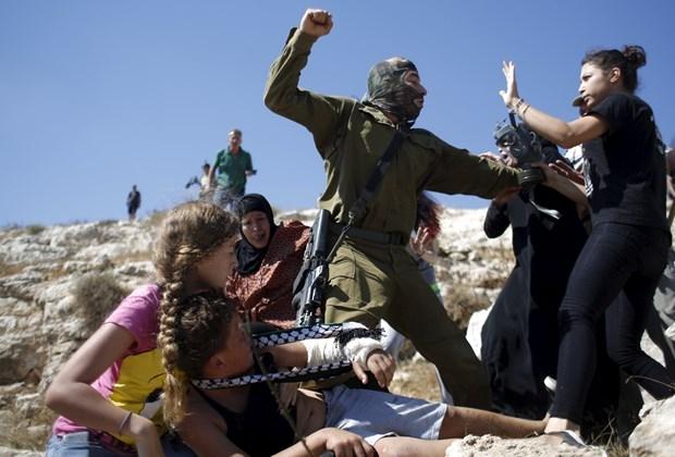 Dünya İsrailli Askerin Acımazlığını Konuşuyor! galerisi resim 11