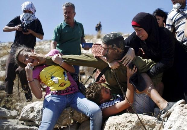 Dünya İsrailli Askerin Acımazlığını Konuşuyor! galerisi resim 4