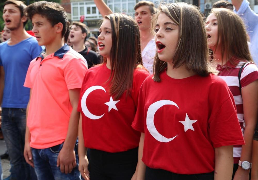 Samsun'un Gençleri Teröre Karşı Yürüdü galerisi resim 8