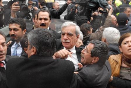 Samsunda Ahmet Türke yumruklu saldırı galerisi resim 7