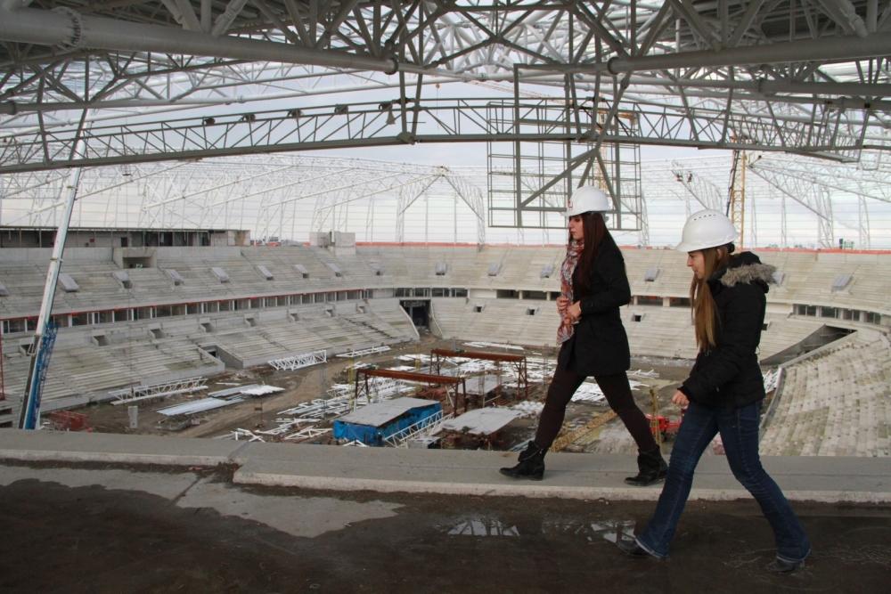 Samsun'daki stadyuma kadın eli değdi galerisi resim 16