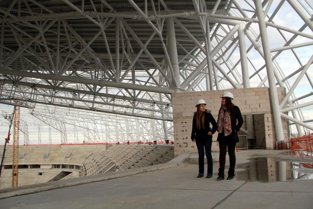Samsun'daki stadyuma kadın eli değdi galerisi resim 9