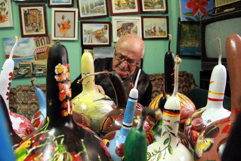 Samsunlu Sanatkar  Su Kabağı ve Saksıları Resimlerle Süslüyor galerisi resim 6
