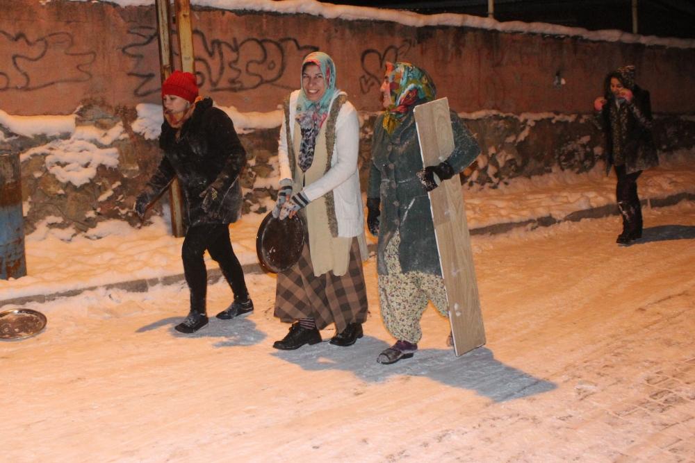 Samsun'da Kar Eğlencesi Yaş Tanımıyor galerisi resim 8