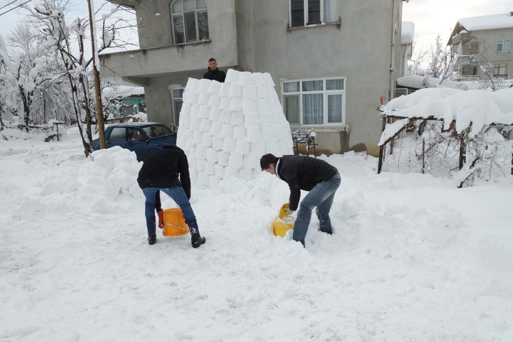 Samsun'da Kardan Adam Değil İglo Yaptılar galerisi resim 7