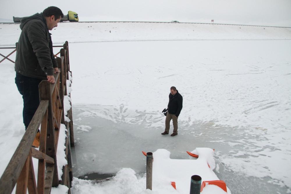 Samsun Ladik Gölü Dondu galerisi resim 1