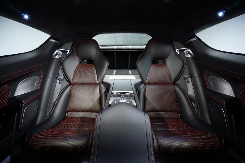 Aston Martın Rapide S: Daha Fazla Güç, Daha Fazla Güzellik, Aynı Ruh galerisi resim 3