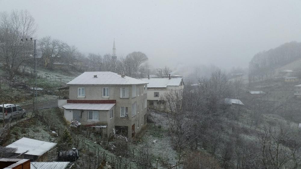 Samsun'da Baharın Ardından Yeniden Kış Geldi galerisi resim 10