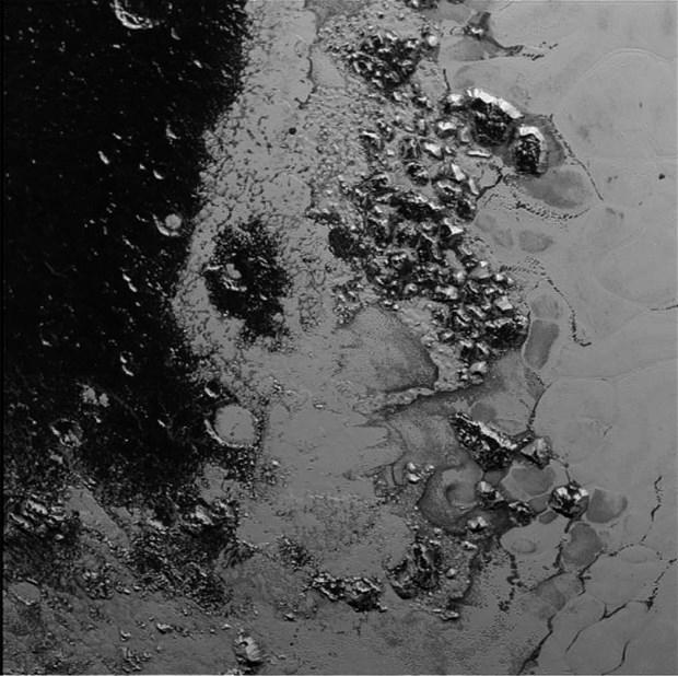 Plüton, Tekrar Gezegen Olarak Kabul Edilebilir galerisi resim 5