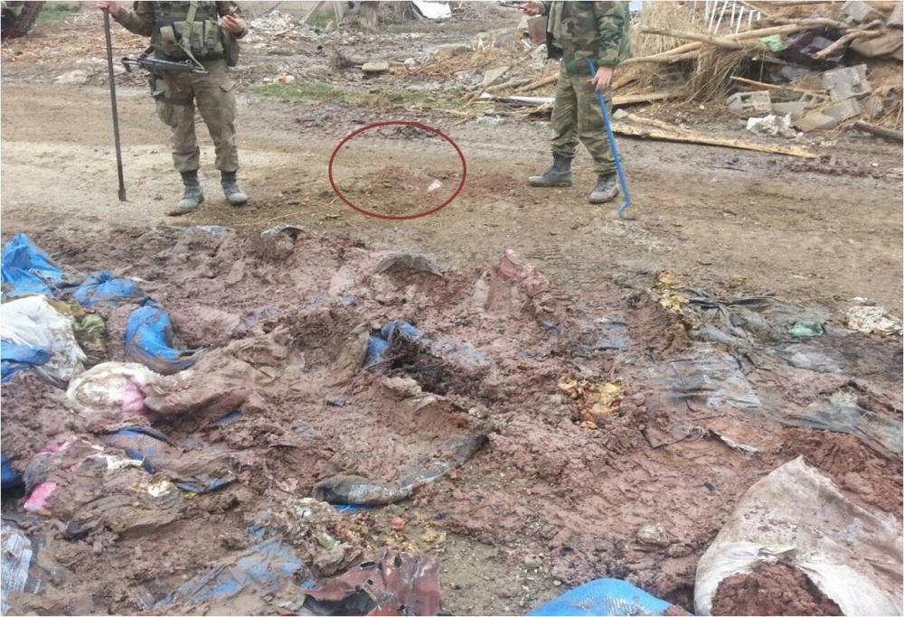 PKK'lılar Kaçarken Evleri Ateşe Veriyor galerisi resim 14