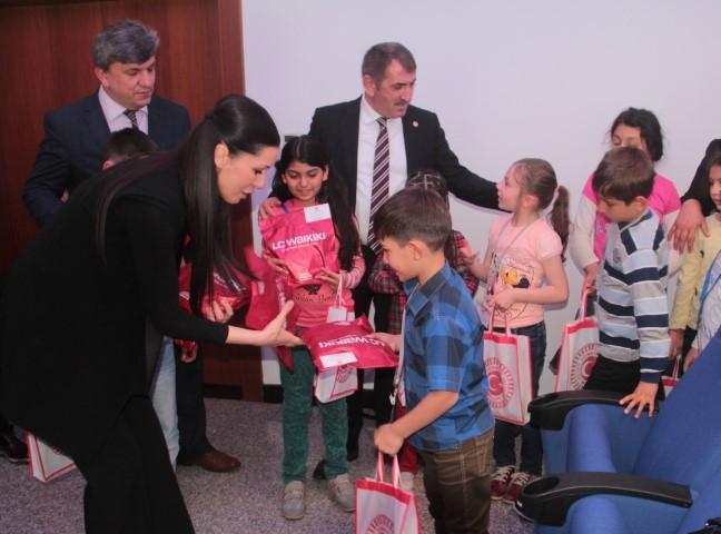 Samsun Milletvekili Karaaslan Çocukları Makamında Ağırladı galerisi resim 4