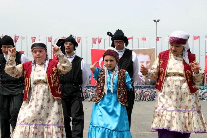 Samsun'da 23 Nisan Kutlamaları galerisi resim 2