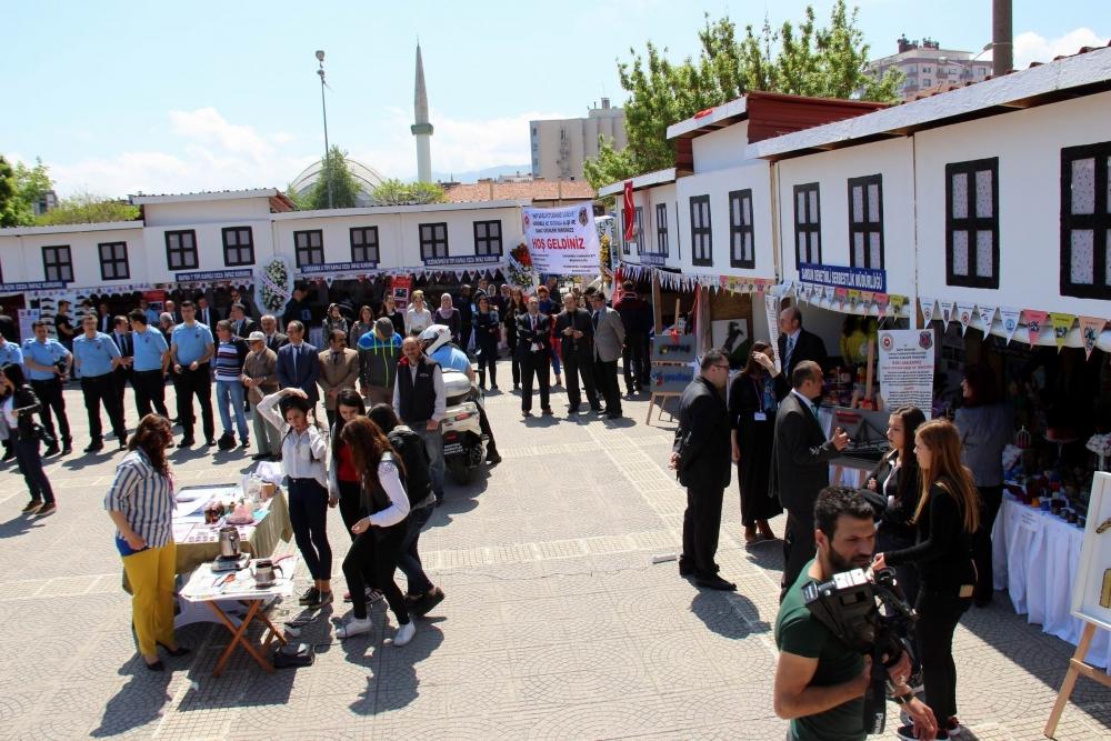 Hükümlülerin El İşi Göz Nuru Ürünleri Samsun Cumhuriyet Meydanı'nda galerisi resim 9