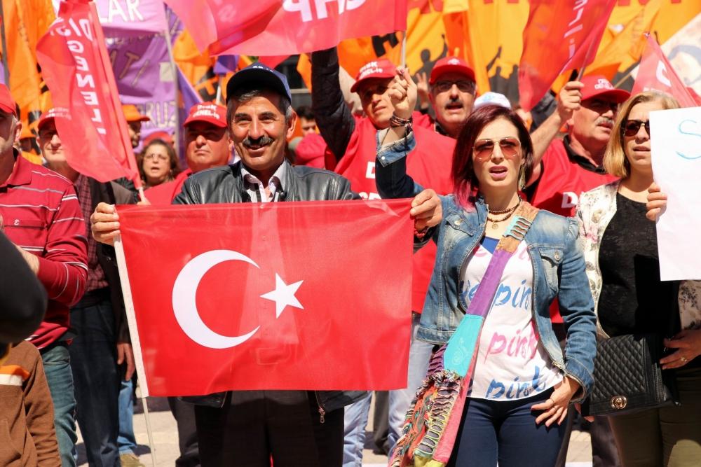Samsun'da Gergin 1 Mayıs Kutlamaları galerisi resim 13