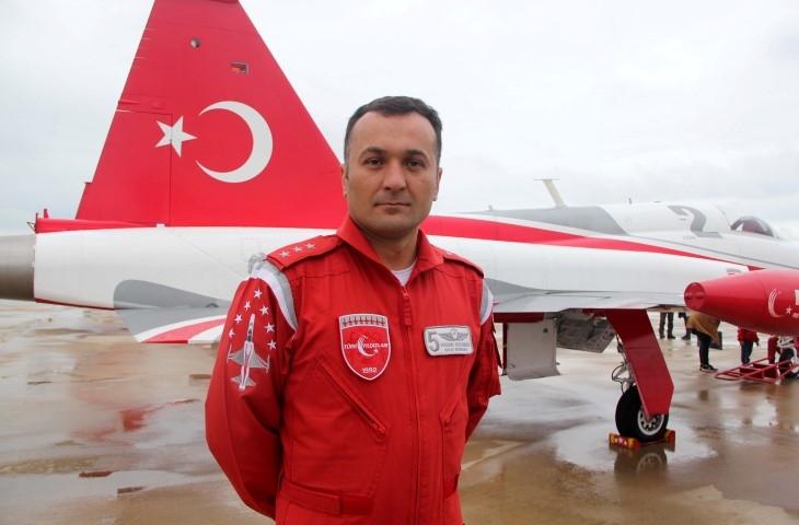 Türk Yıldızları Ve Solotürk Şehitler İçin Uçacak galerisi resim 6