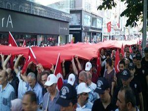 Samsun'da 1919 Metrelik Bayrakla Yürüyüş