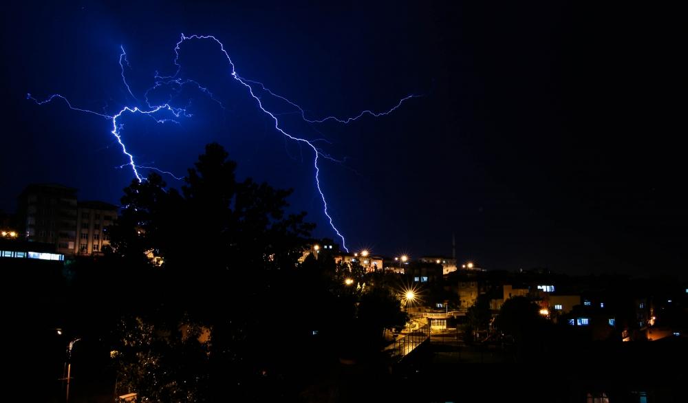 Samsun'da Şimşekli Gece galerisi resim 1