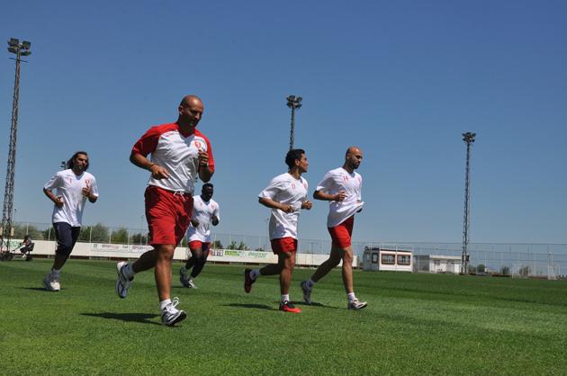 Samsunspor SüperLig hazırlıklarına başladı galerisi resim 15
