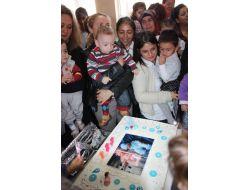Prematüre Çocuklara Doğum Günü Partisi