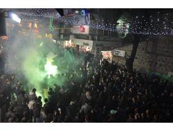 Kocaelisporlu Taraftarlardan Meşaleli Yürüyüş