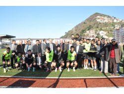 Zimder'den, Kilimli Belediyespor Oyuncularına Ziyaret