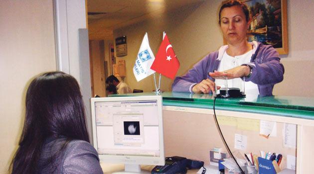 Suistimalleri TC Nosu da çözemedi hastaların avuç içi izi alınacak