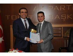 Şahin, Milletvekili Aday Adaylığı Başvurusunu Yaptı