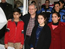 Diyarbakır Polisi Çocuklar Ve Ailelerle Buluştu