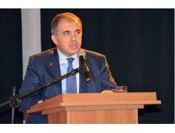 Ak Parti'den İzmir'den 26 Koltuğa 193 Başvuru
