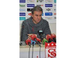 Galatasaray, Deplasmandan Üç Puanla Döndü