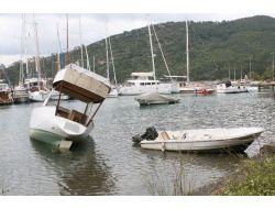 (Özel Haber) Marmaris'te Korkutan Deniz Suyu Çekilmesi