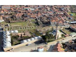 Yenişehir'de Tarihi Camiler Yenileniyor