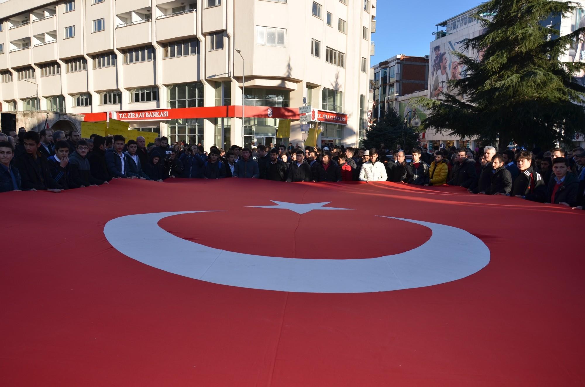 Ege Üniversitesi'ndeki Cinayet Samsun'da Protesto Edildi