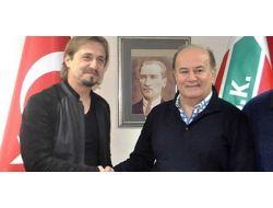 Ayhan Akman Karşıyaka'da